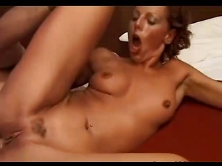 Italian mature babe loves hard sex in her...